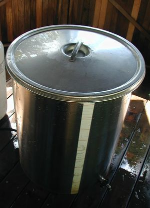 Pot with lid.jpg